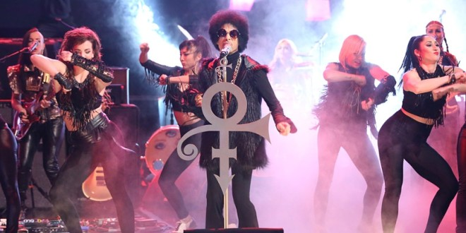 Watch: Prince Takes Over 'Arsenio' (Interview & Performance)