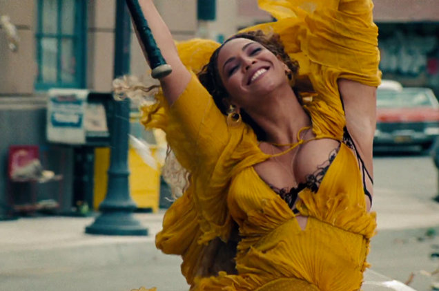 Confirmed: Beyonce Earns Sixth No. 1 Album 'Lemonade' with 653,000 In First Week