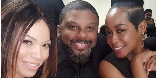 Been Here For It: 'Martin' Cast Finally Reunites In Honor of Tommy Ford & Martin Lawrence Was There Too! [Photo]